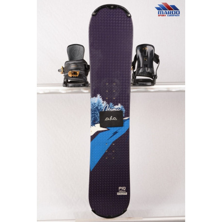 detský/juniorský snowboard ATOMIC PIQ black/blue, Woodcore, Camber ( TOP stav )