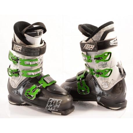 ski boots ATOMIC WAYMAKER R90, SKI/WALK, DYNASHAPE, ATOMIC SILVER T1, Grey/green/white