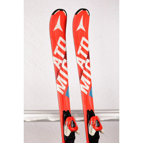 Kinderski/Jugendski ATOMIC REDSTER XT EDGE RED, race rocker + Atomic XTE 7 ( TOP Zustand )