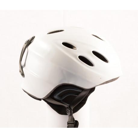 lyžiarska/snowboardová helma GIRO NINE. 9 white