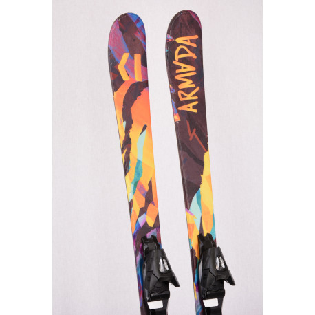 skis enfant/junior ARMADA BANTAM J 2019, FREESTYLE, TWINTIP + Armada 4.5 ( en PARFAIT état )