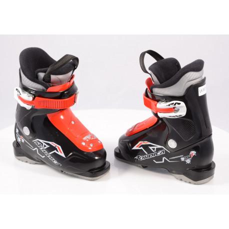 children's/junior ski boots NORDICA FIREARROW TEAM 1, Ratchet buckle, black/red ( TOP condition )