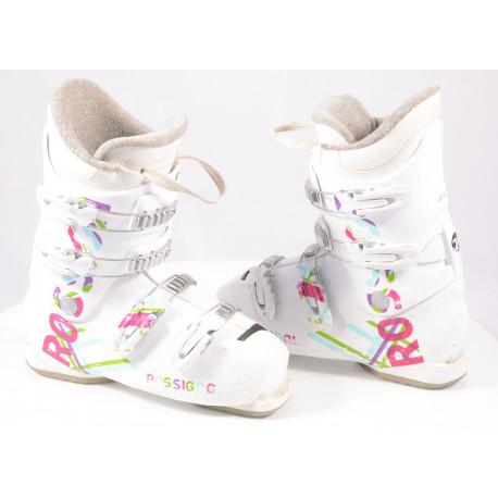 children's/junior ski boots ROSSIGNOL FUN GIRL J4, macro