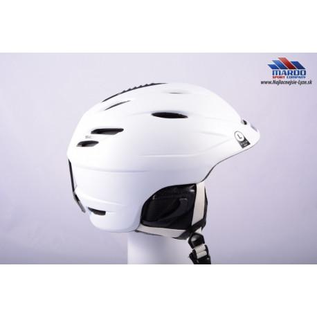 lyziarska/snowboardova helma GIRO SEAM white, 2017, STACK ventilation, X-STATIC, nastavitelna 59-63cm ( UPLNE NOVA )