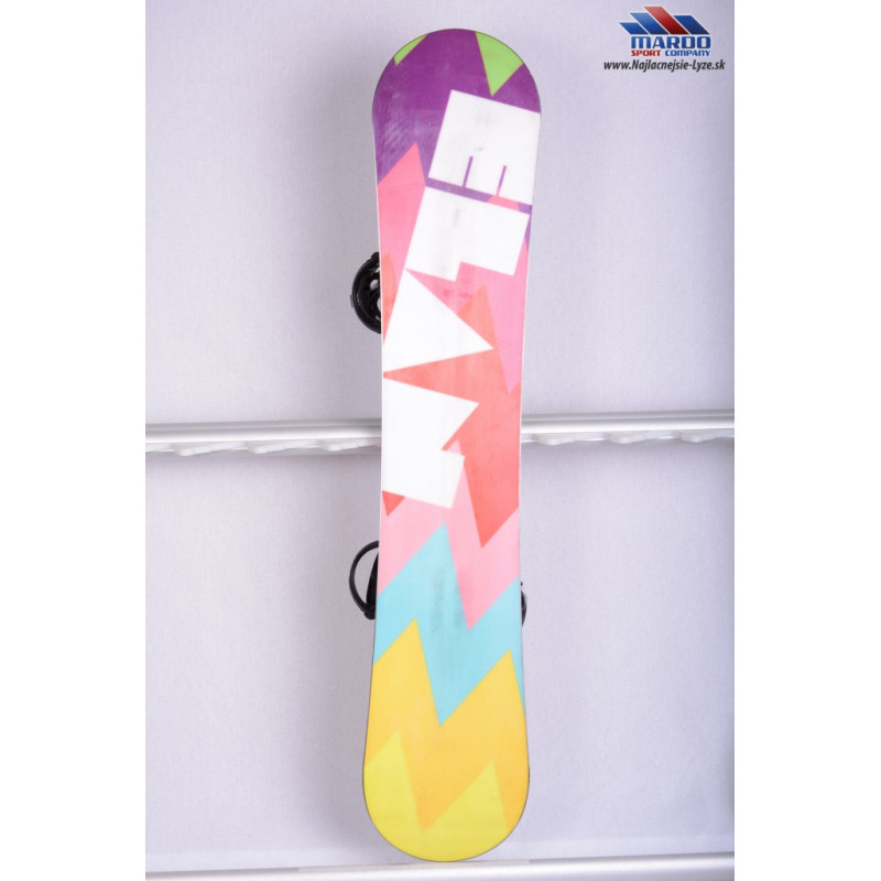 damsky snowboard ELAN LEELOO s viazanim, WOODCORE, sidewall, waist 232mm ( TOP STAV )